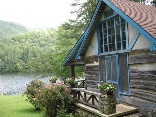 Rent Cabins on the Lake - Rhododendron